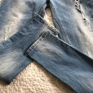 Kenneth Cole Reaction Jeans - KENNETH COLE REACTION DISTRESSED SKINNY JEANS